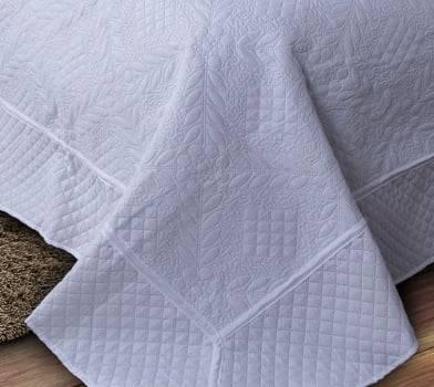 Kit 3 Peças Colcha Casal Provence Microfibra Matelacê Ultrasonic + 2 Porta-Travesseiros 2,20 x 2,40 m - Branco